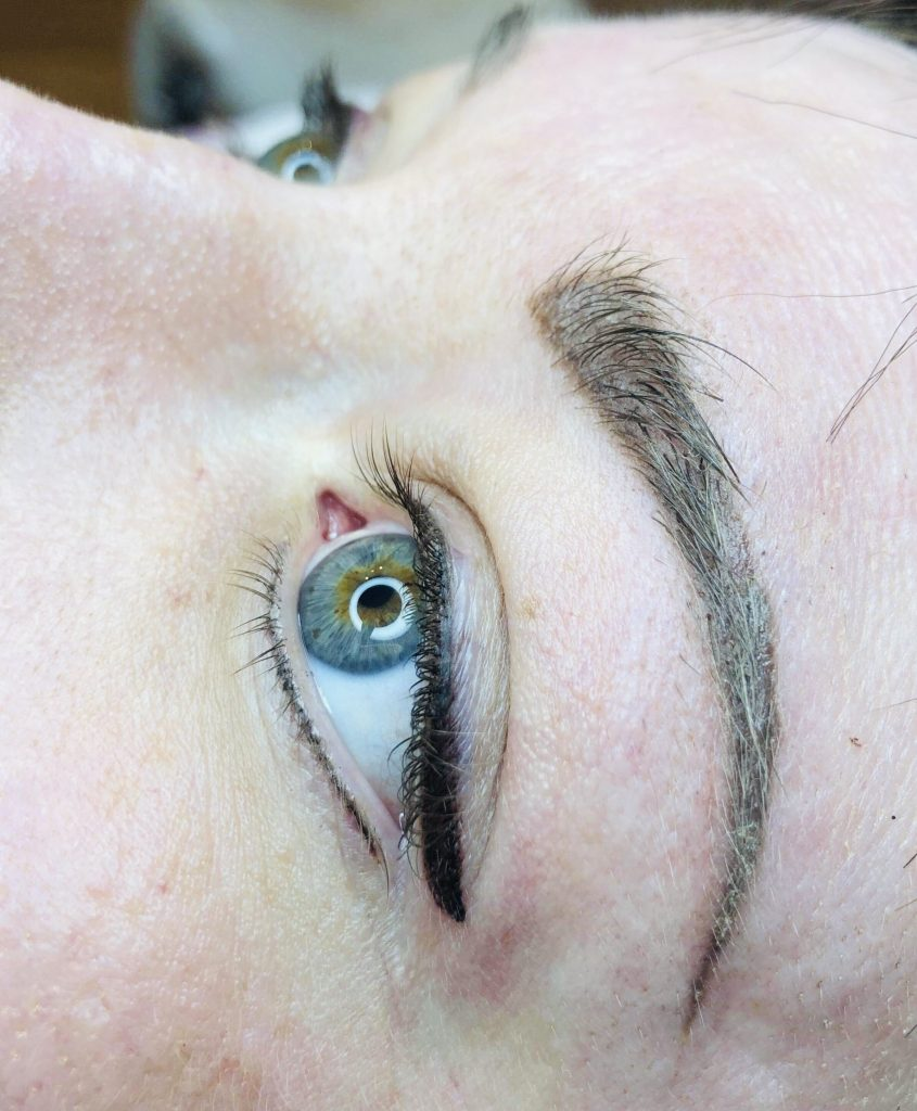 semi-permanent-eyeliner